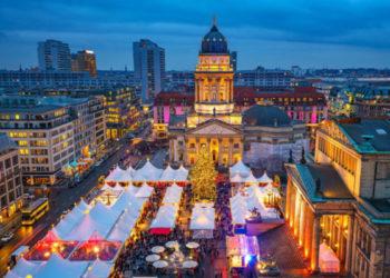 Fotolia_sborisov_Craz_Christmas_Market_Tour_neu